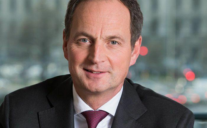 Matthias Schellenberg von Merck Finck Privatbankiers: Der Vorstandsvorsitzende ist vom hybriden Beratungsansatz im Private Banking überzeugt.