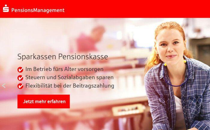 Webseite der S-Pensions-Management: Das Gemeinschaftsunternehmen der Sparkassen-Finanzgruppe betreut den Sparkassen-Pensionsfonds und die Sparkassen-Pensionskasse.|© Screenshot einer Internetseite von S-Pensions-Management