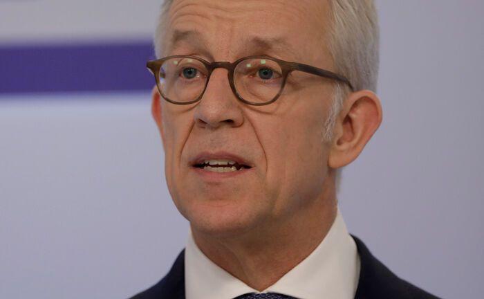 Karl von Rohr, stellvertretender Vorstandsvorsitzender der Deutschen Bank, führte als Vorsitzender des AGV Banken die Tarifverhandlungen auf Arbeitgeberseite.|© Deutsche Bank