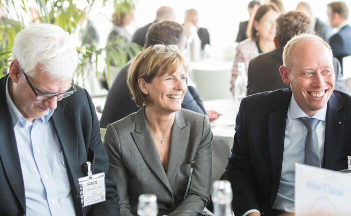 Sichtbar gute Stimmung bei den Gästen des 19. private banking kongress|© Anna Rauchenberger, Jana Madzigon, Arman Rastegar