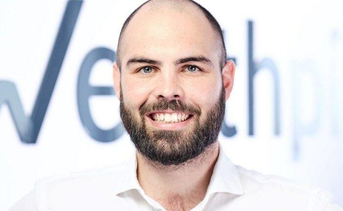 """Daniel Juppe, einer der Gründer und Geschäftsführer von Wealthpilot:  """"Vielen jungen Unternehmen fehlen die Möglichkeiten, um den Anforderungskatalog der PSD2 zu erfüllen."""""""
