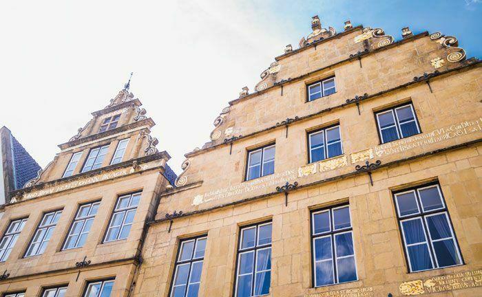 Stammsitz des Bankhaus Lampe in Bielefeld: Der Verkaufsprozess nimmt offenbar Fahrt auf.