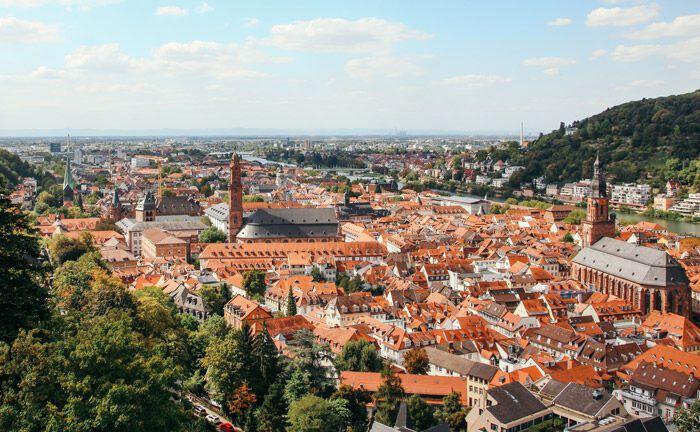 Blick auf Heidelberg: Die Stadt am Neckar hat künftig ein Haftungsdach weniger.