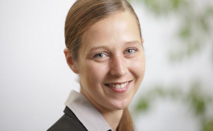 Jana Desirée Wunderlich leitet die Abteilung Kapitalanlagen der Hannoverschen Kassen.|© Hannoversche Kassen