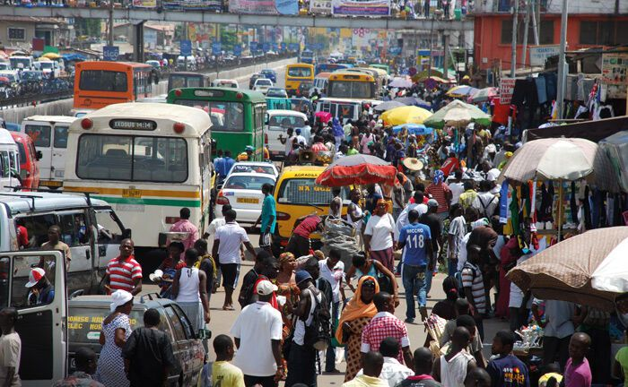 Pulsierendes Wirtschaftsleben in Ghanas Hauptstadt Accra: Dem Land wird wie vielen Frontier Markets vom IWF ein ordentliches Wachstum in den kommenden Jahren vorhergesagt