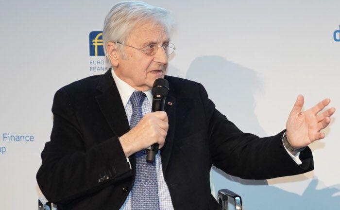 Jean-Claude Trichet: Der von November 2003 bis Oktober 2011 amtierende Präsident der Europäischen Zentralbank erörterte mit dem Journalisten Bernhard Jünemann die volkswirtschaftlichen Perspektiven der Eurozone. |© Nadine Stegemann