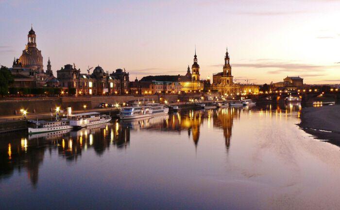 Das Elbufer in Dresden: Der neue Immobilienfonds von Patrizia investiert auch in der sächsischen Landeshauptstadt.