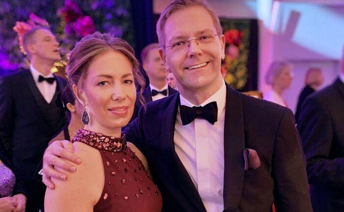 Gesellschafterin und Geschäftsführer: Das Ehepaar Katharina und Markus Schön präsentierte auf dem Ball der Wirtschaft in Bielefeld erstmals die Marke Schön & Co - Mein Vermögensverwalter.