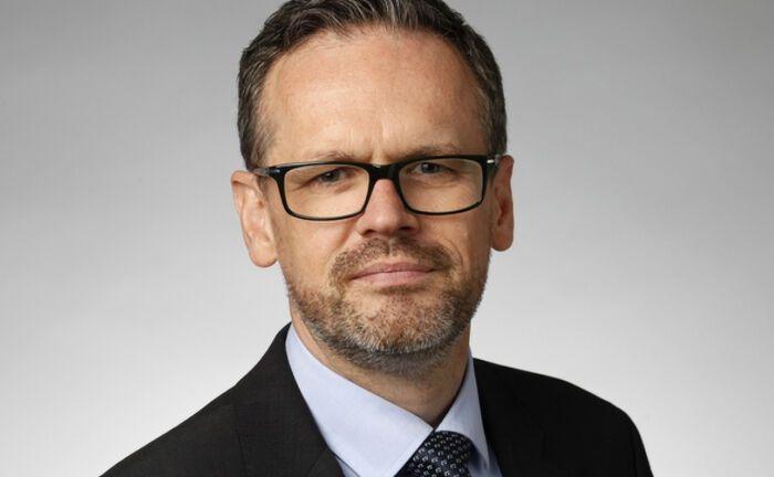 """Nigel Cresswell ist Leiter Investmentconsulting bei Willis Towers Watson in Frankfurt: Mit Blick auf die Studie kommentiert er: """"Pensionsanleger verharren in alten Anlagemustern."""""""