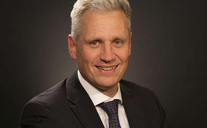 Dirk von Ahlefeld leitet seit Jahresbeginn die Essener Niederlassung Ruhr & Westfalen bei Merck Finck.