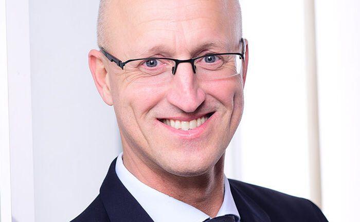 Dirk Wiebusch berät seit mehr als 25 Jahren Familienunternehmen und Unternehmerfamilien.