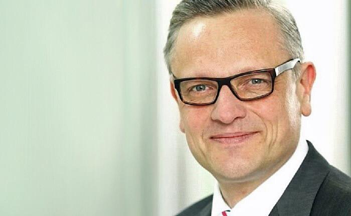 """Jürgen Engelbrecht: """"Mein Ziel ist es nicht, die einzelnen Assetmanager durch spezifische Vorgaben in ein Korsett zu pressen und sie in einem Wettbewerb gegeneinander antreten zu lassen."""""""
