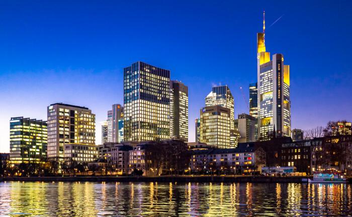 Bankenviertel von Frankfurt am Main: Die Bayerische Ärzteversorgung kauft 250 Mietwohnungen im zentral gelegenen Stadtteil Bockenheim.