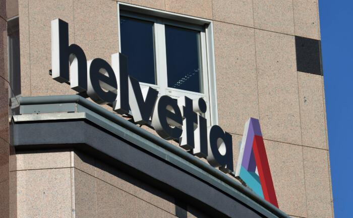 Schriftzug der Helvetia an einem Bürogebäude in Berlin: Der Schweizer Versicherungskonzern hat eine Asset-Management-Gesellschaft gegründet.