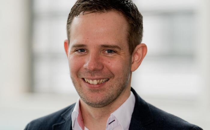 Stefan Fritz arbeitet als Spezialist für Investmentfonds bei der GLS Bank. In seinem Beitrag beleuchtet er die Entwicklungen am Markt für nachhaltige Kapitalanlagen.