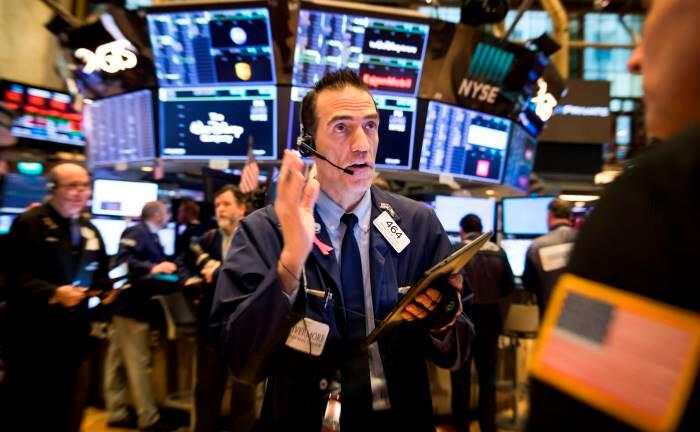 """Aktienhändler an der New Yorker Börse: """"Auf Sicht von drei bis sechs Monaten gibt es Gründe, optimistisch zu sein."""