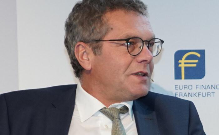 Martin Rohm: Der Kapitalanlage- und Finanzvorstand der Alte-Leipziger-Hallesche-Gruppe will in Stromnetze investieren.