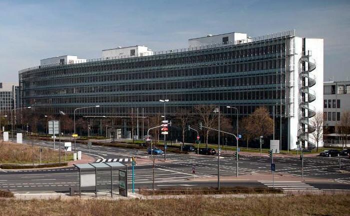 Sitz der Finanzaufsicht Bafin in Frankfurt am Main: Die Finanzmarktwächter sehen bei Versicherungen einen Trend zu mehr Nachhaltigkeit.