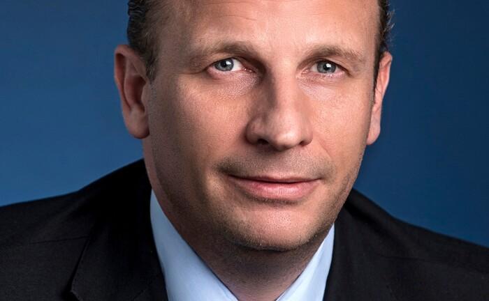 Verantwortet die Digitalisierung im Privatkunden- und damit auch dem Wealth-Management-Geschäft der Deutschen Bank: Jan Wohlschiess