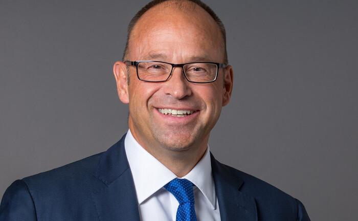 Lars Hille: Der amtierende Aufsichtsratschef der V-Bank wechselt an die Vorstandsspitze des Instituts.