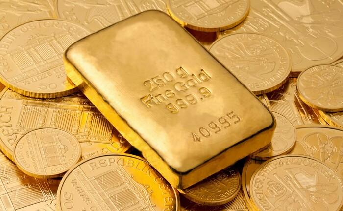 250-Gramm-Goldbarren im Wert von knapp 14.000 Euro: Ein massiver Anstieg der weltweiten Verschuldung, verbunden mit einer ultralockeren Notenbankpolitik, dürfte bis zur nächsten Währungsreform zementiert sein.