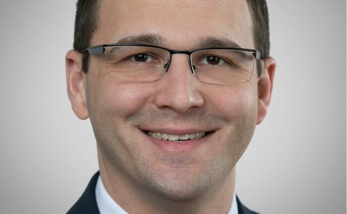 Bernd Rullmann leitet seit Mai 2020 das Geschäftsfeld Vermögensmanagement der Evangelischen Bank.