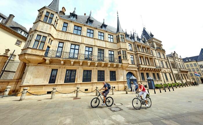 Der Großherzogliche Palast ist ein Touristenmagnet in der Luxemburger Altstadt: Luxemburg ist vor allem bei institutionellen Anlegern beliebt.