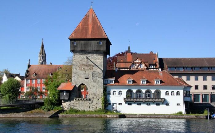 Rheintorturm in Konstanz: In der größten Stadt am Bodensee hat das internationale Bankhaus Bodensee die Leitung seiner Niederlassung neu besetzt.