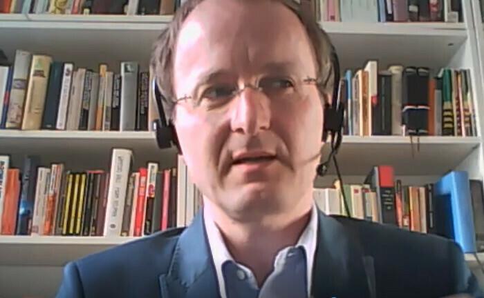 Der Verhaltensökonom Georg Weizsäcker ist Professor für mikroökonomische Theorie und ihre Anwendungen an der Humboldt-Universität zu Berlin.