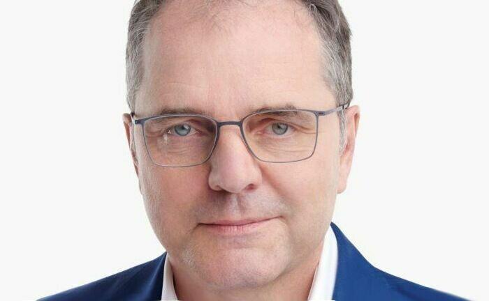 Karl im Brahm ist Deutschlandchef von Avaloq, einem Anbieter digitaler Banking-Lösungen, Kernbankensoftware und Vermögensverwaltungstechnologie.