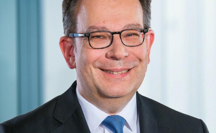 Netzwerker: Andreas Hilka engagiert sich in der Arbeitsgemeinschaft betriebliche Altersversorgung, der Vereinigung der Firmenpensionskassen und im Sustainable-Finance-Beirat der Bundesregierung.
