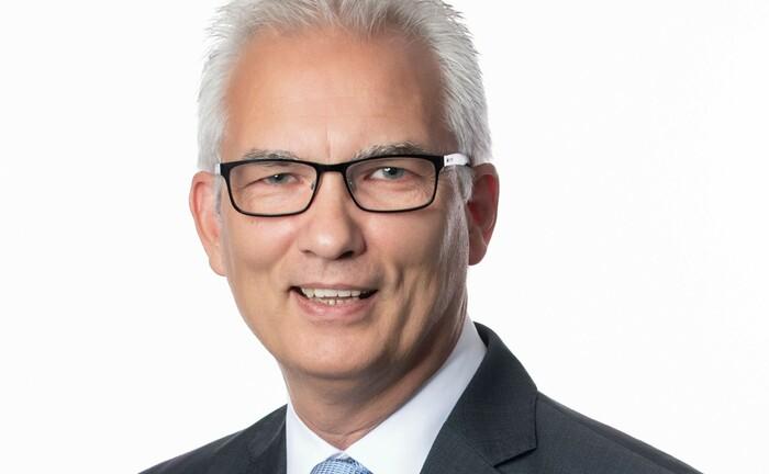 Frank Hannstein unterstützt W&S Portfoliomanagement beim Vertrieb und Marketing ihrer zwei Aktienfonds.