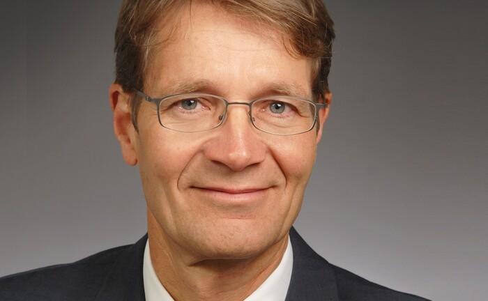 Gerhard Engler von Nomura Asset Management: Der Geschäftsführer des japanischen Asset Managers sieht Differenzierungsbedarf bei den Emerging Markets
