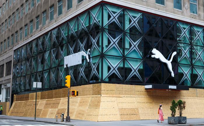 Filiale von Puma an der Fifth Avenue in New York: Am Stammsitz von Puma im fränkischen Herzogenaurach ist ein Posten in der Treasury-Abteilung zu besetzen.
