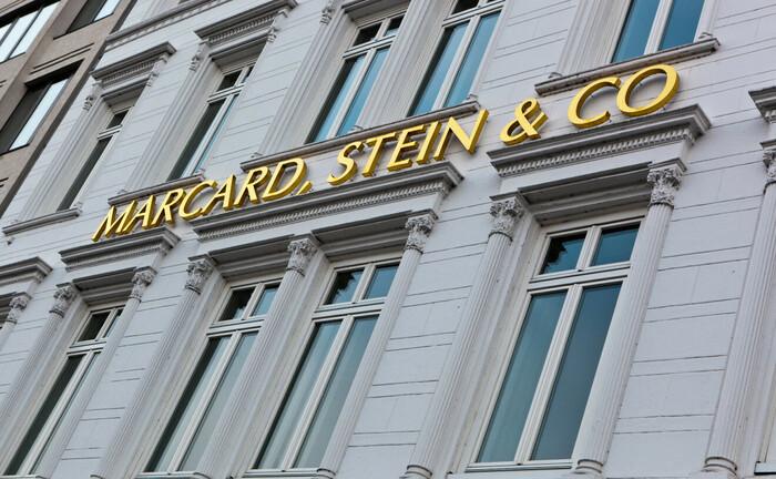 Schriftzug von Marcard, Stein & Co: Das Family Office mit Sitz an der Hamburger Binnenalster sucht neue Mitarbeiter.