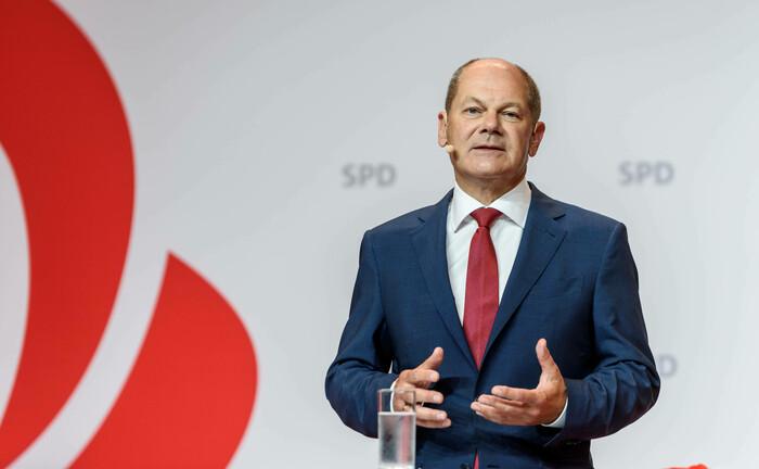 Finanzminister Olaf Scholz: Sein Ministerium kümmert sich auch um die Gesetzgebung rund um elektronische Wertpapiere.|© imago images / snapshot