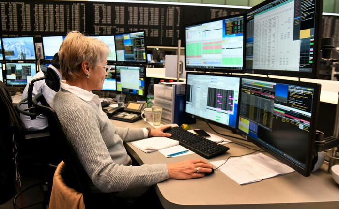 Blick in den Börsensaal der Frankfurter Wertpapierbörse: Die Baader Bank hat eine interaktive Plattform für Aktienanalysen und weiteres Research-Material entwickelt.