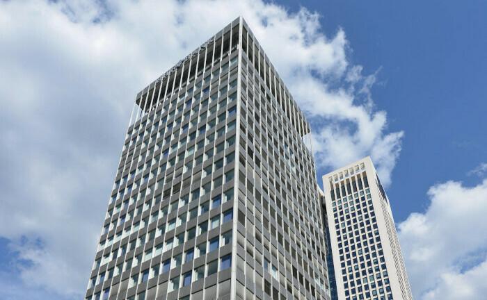 Hochhaus in der Bockenheimer Landstra0e 10 in Frankfurt, Stammsitz der Bank Oddo BHF: Der Tower bekommt einen neuen Eigentümer.|© imago images / Schöning