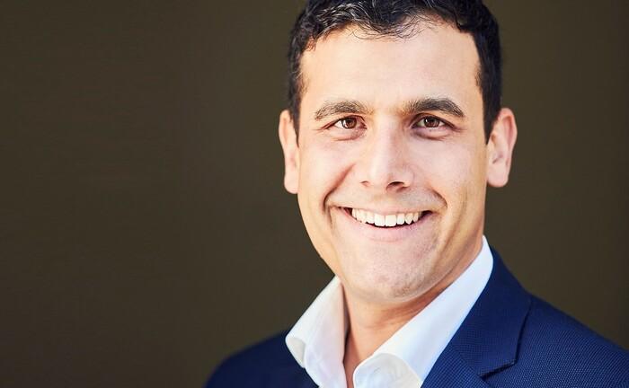 Dario Azadi von der Benner Holding