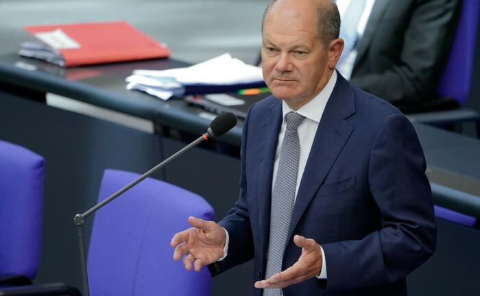 Bundesfinanzminister Olaf Scholz bei der Befragung der Bundesregierung: Der SPD-Politiker nimmt Stellung zu seinem früheren Wirken als Hamburgs Erster Bürgermeister im Fall Cum-Ex-Skandal bei der Warburg-Bank.