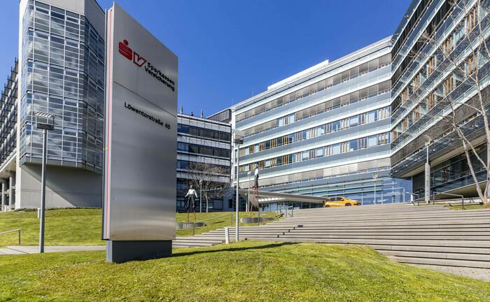 Bürohaus der Sparkassenversicherung in Stuttgart: Die Holdinggesellschaft der Sparkassenversicherung hat einen Pensionsfonds gegründet.