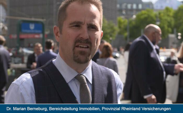 Dr. Marian Berneburg: Der Bereichsleiter Immobilien und Finanzierung bei der Provinzial Rheinland fährt wegen der noch nicht absehbaren Folgen der Corona-Krise auf die Immobilienmärkte in der Kapitalanlage auf Sicht.