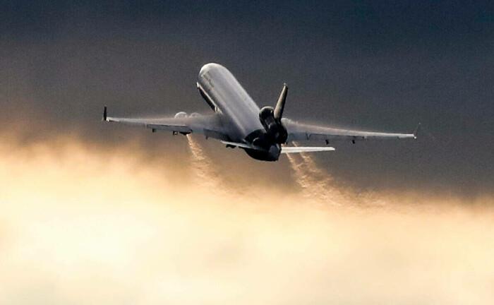 Lufthansa-Transportflugzeug: Nach 18.000 Flügen wird ein Airbus ausgemustert, sein verbautes Aluminium wird beispielsweise zu Cola-Dosen recycelt.