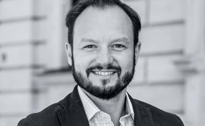 Nun als Senior-Berater bei Albrecht, Kitta & Co. tätig: Tim Witthaus.|© Albrecht, Kitta & Co.