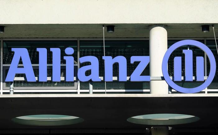 Logo der Allianz-Versicherung an einem Gebäude in München: Nachranganleihen dürften in Zukunft für Versicherer deutlich interessanter werden.