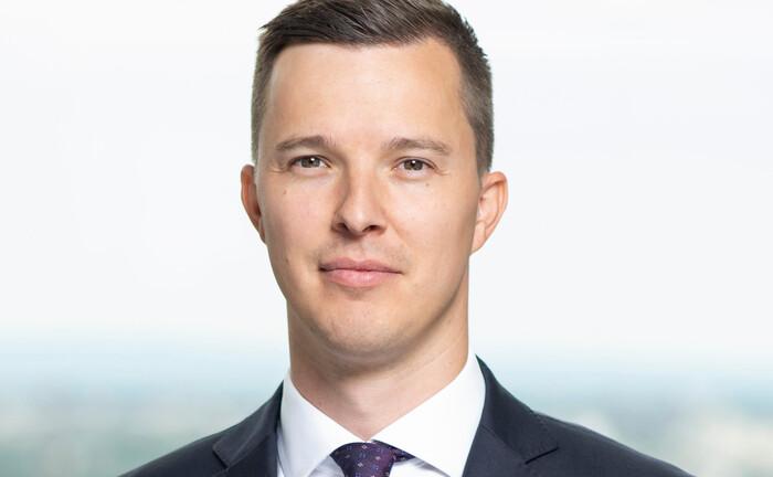 Verantwortet bei Lyxor in Frankfurt den Vertrieb börsengehandelter Indexfonds an institutionelle Anleger in Deutschland und Österreich