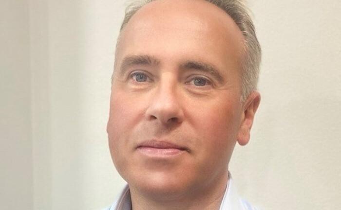 Steve Logan, mehr als 35 Jahre Erfahrung als Senior-Portfoliomanager und Kreditanalyst