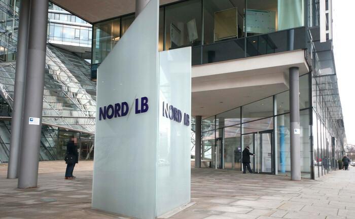 Eingang der Norddeutschen Landesbank (Nord/LB) in Hannover