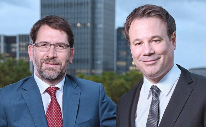 Vorstand Dr. Lars Slomka (li.) und Neuzugang Samir Zakaria vom Vermögensverwalter Hansen & Heinrich