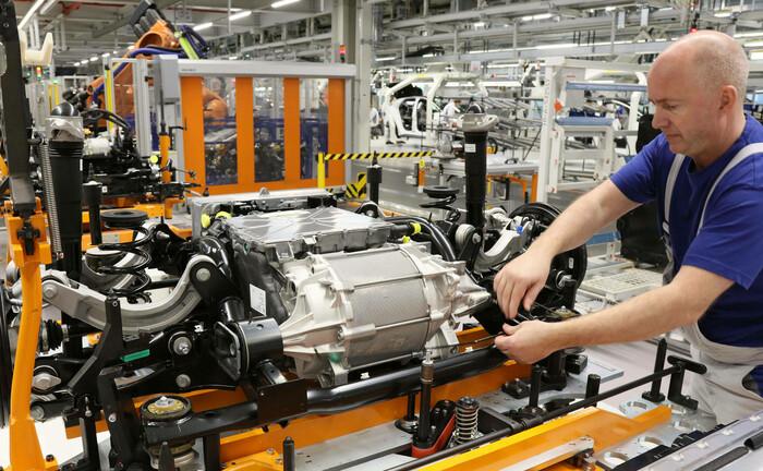 Produktion eines Elektroautos